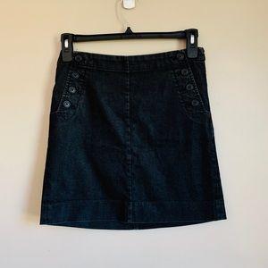 Black faded skirt straight size 4 GAP pockets
